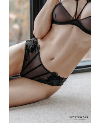 Culotte tulle et broderies - Dessous Sexy