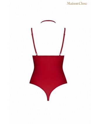 Body string seins nus rouge Le petit secret